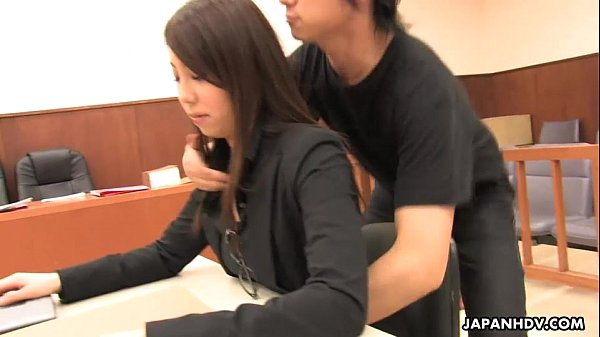 Asian lawyer has a hot threesome in the court room Thumb