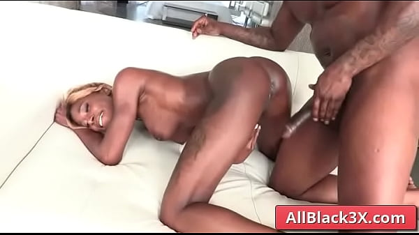 Ebony with big natural boobs play with BBC - Rob Piper, Kinsley Karter