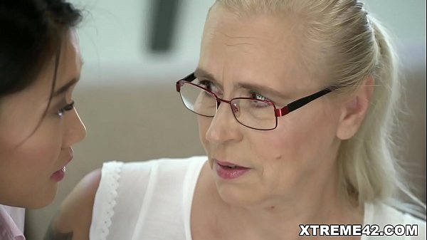 Old Woman - Circle Porn The Best XXX Porn Video In New Zealand