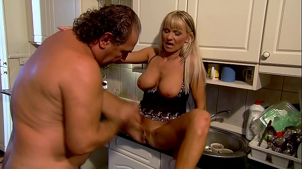 Mature Mom fucks in kitchen - Winnie