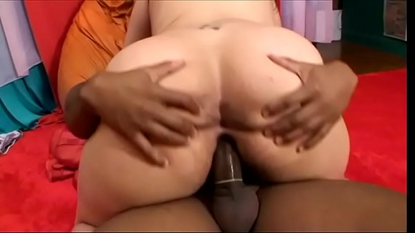 Horny black dude packs peanut butter plump Latin floozie Camila and creams her mouth