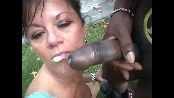 Horny ebony gangster allows cock hungry darkhai...