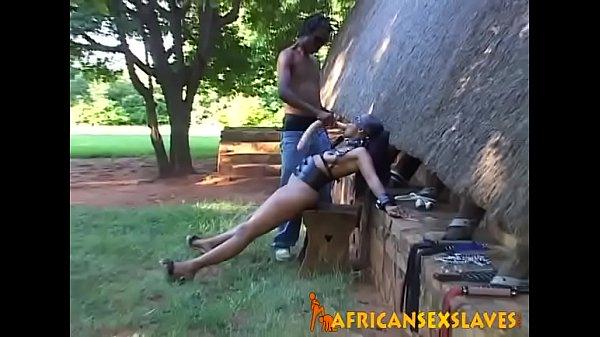 africansexslaves-1-9-217-stutendressur-in-der-savanne-1-1