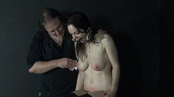 Amateur slavegirl Beauvoir is gagged and punished
