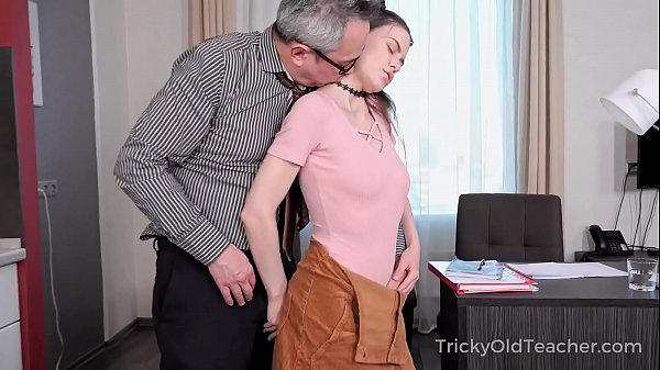 Tricky Old Teacher - Ride a dick and pass a test