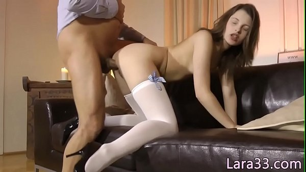 Cumswapping british sluts in threesome