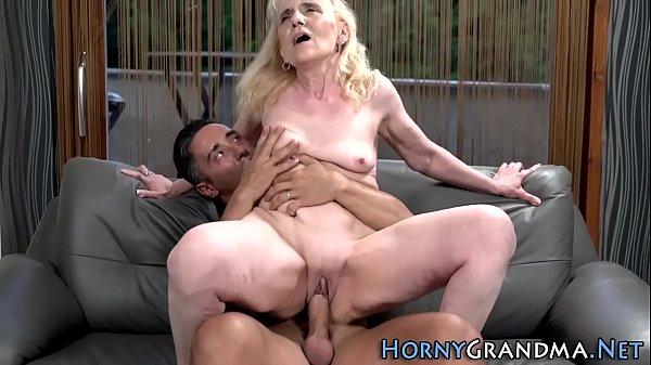 Old grandma gets railed