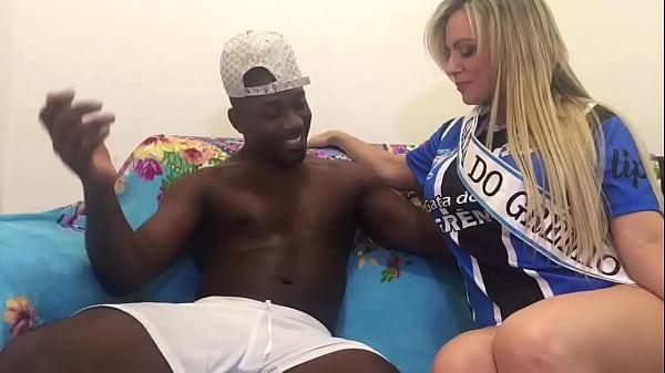 Gozando na sentada da Musa do Grêmio Thumb