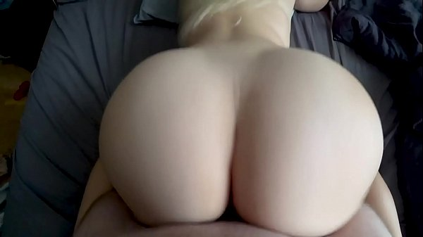 Schoolgirl with perfect ass takes dick in her pussy