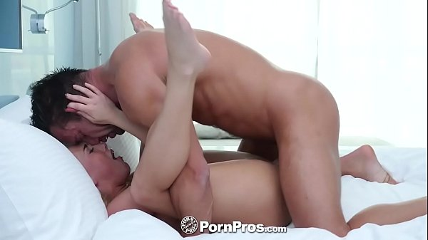 PornPros Elevator blowjob turns into fuck and f...