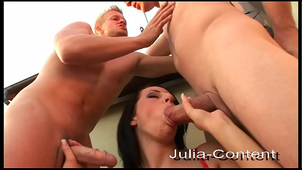 Threesome with 2 men and a woman