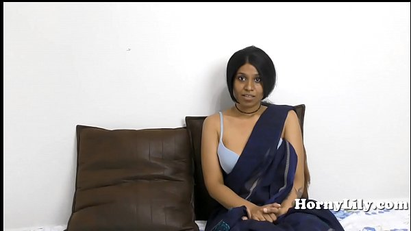 Indian MILF spreads her hairy pussy and fucks h...