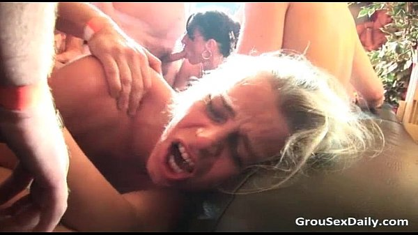 Amateur sluts getting destroyed by some Thumb