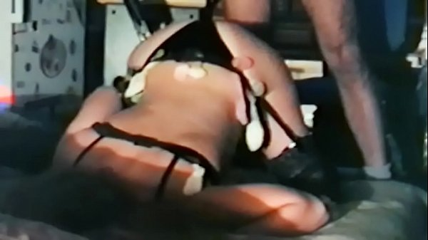 SLUT MILF  USED BY FRIENDS SHOWS AND SWALLOW THEIR CONDOMS Thumb