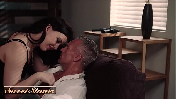 Gorgeous (Whitney Wright) Gets Her Pussy Wet And Juicy - Sweet Sinner