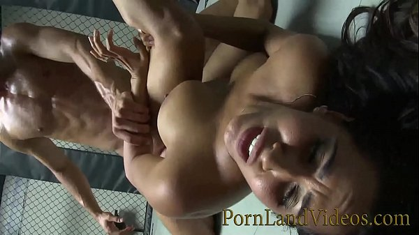 hot brunette Isis Love fucking with the battle bang winner