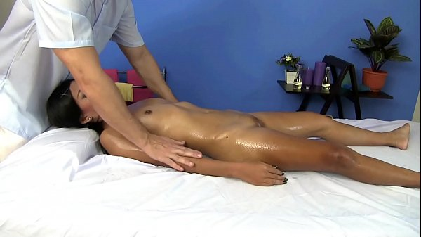 Big clit Thai girl pussy massage