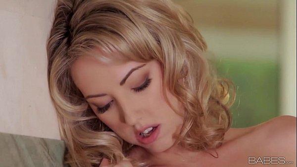 Babes.com - GEORGIAS BEST Sarah Peachez