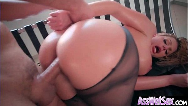 Big Ass Girl (Brooklyn Chase) Get Oiled Up And Hard Analy Nailed On Cam mov-15