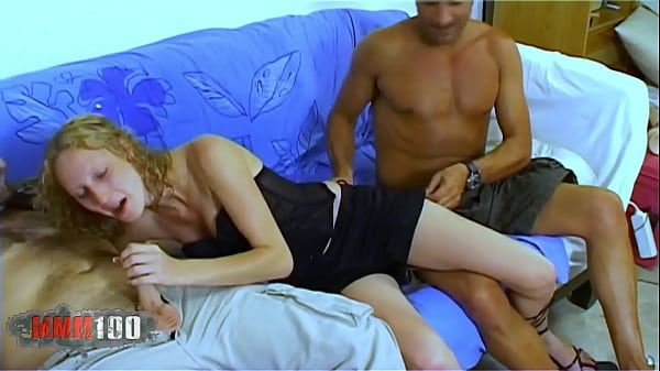 French babe Starla Candy gets her first ever do...