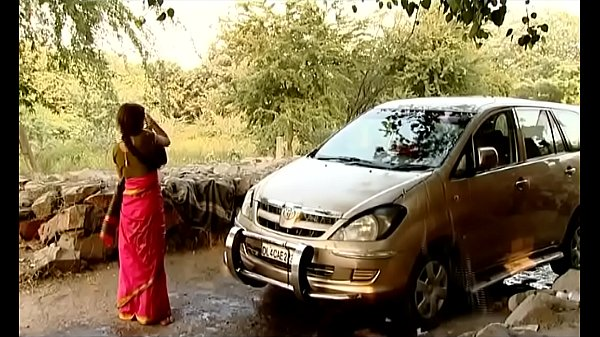 ---Indian Village Bhabhi Washing Car..{UNCUT EXCLUSIVE SCENE} ...MUST WATCH
