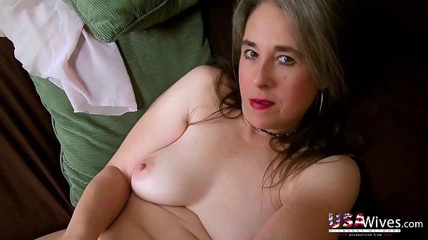 USAwives Classy Matures with Sex Toys Masturbation