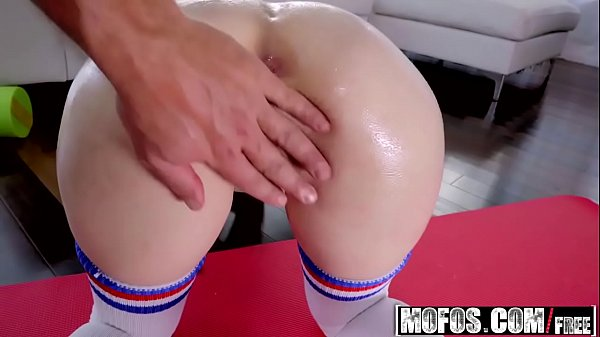 Mofos - Lets Try Anal - (Anastasia Rose) - Anal Stretching After Yoga