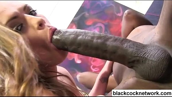 White bitch fucked by huge black cock - XVIDEOS.COM