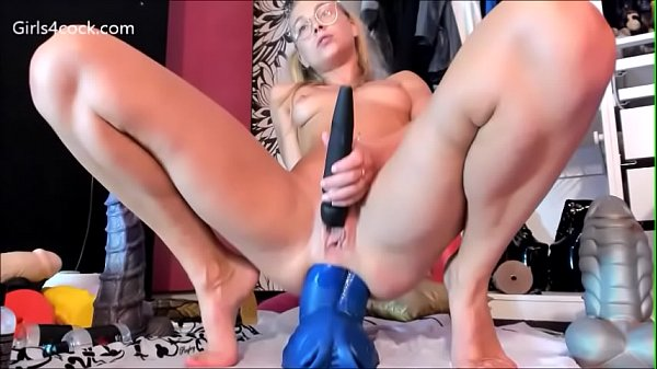 Girls4cock.com *** y. Takes Huge Dragon dildo i...