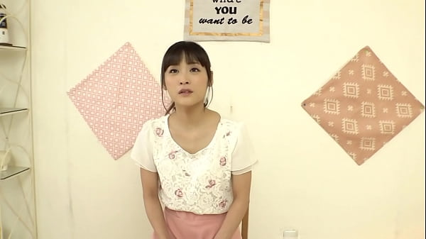 neat and gentle busty beautiful Japanese wife challenges the first shameful slimy prostitution in her life! The wife, whose married life is a little rude, inserts it into her pussy from her bare thighs with soap play![Part 3