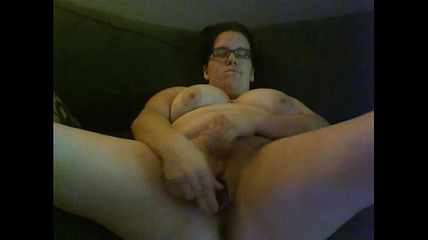 Nicole Jasmine fucks herself with two dildos