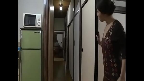 mom saw me - Famperv.com