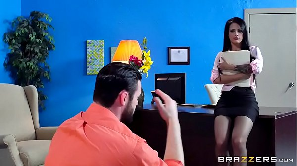 Brazzers - Katrina Jade - Big Tits at Work Thumb