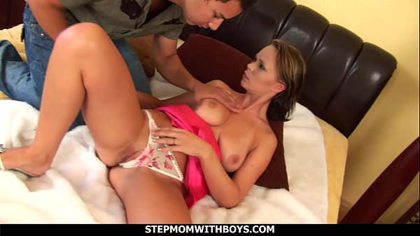 Stepmom With Boys Sexy Hot Stepmom Falls In Lov...