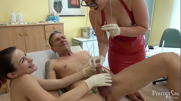 Put it in me! - Medical Play with Mistress Inka and Miss Flora