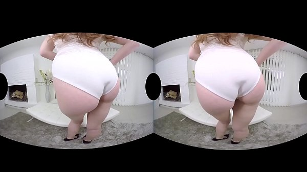 Ginger hottie Linda Sweet shows you how VR hardcore is done