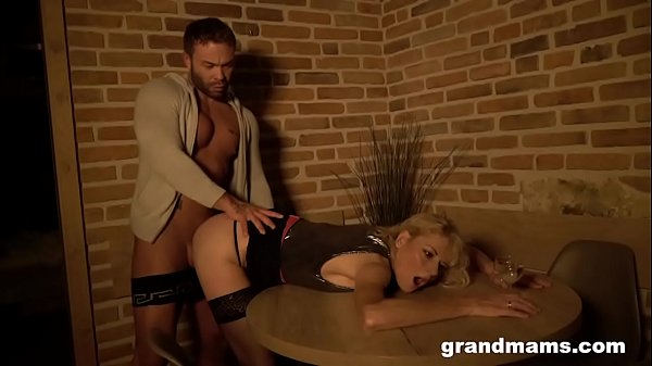Cheating Cougar Wife Lets Gigolo Cum on her face