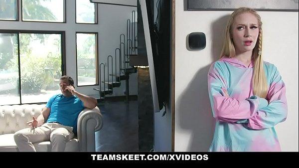 ExxxtraSmall - Slender Teen Emma Starletto Sedu...