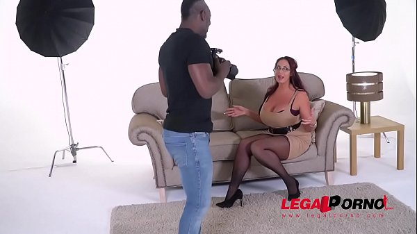 Busty Big Black Cock Lover Emma Butt gets her Pussy Rocked GP010