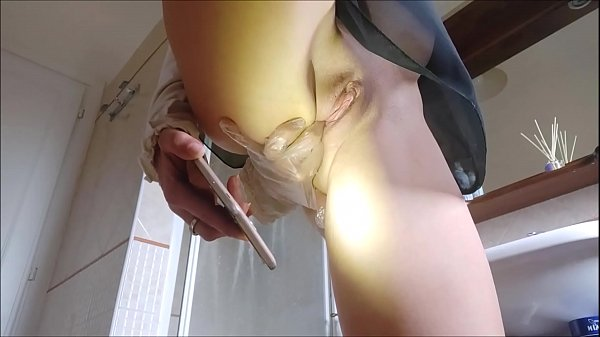 over 20 minutes of gynecological self-examination