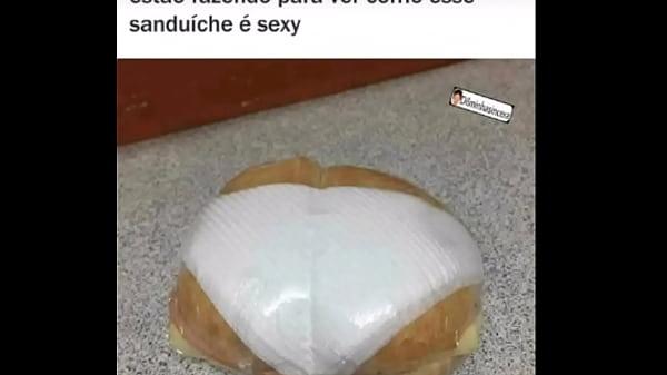 Sanduíche super sexy querendo te seduzir Thumb