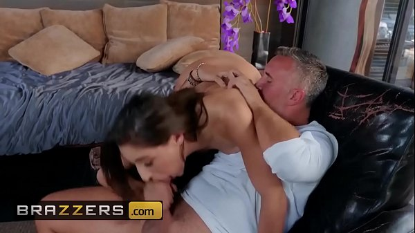 Big Butts Like It Big - (Abella Danger, Keiran Lee) - The Housewife The Hitchhiker - Brazzers