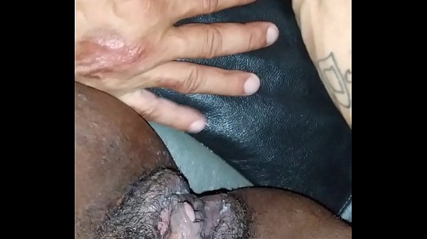 Naejae gets clit licked and squirts on Skarface