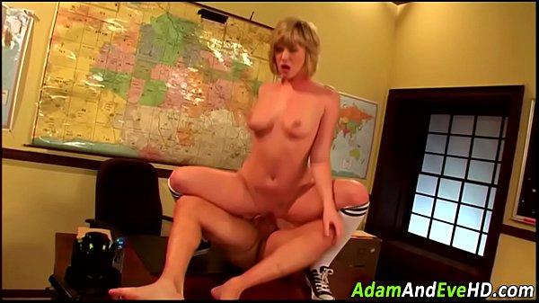 Babe swallows cum load