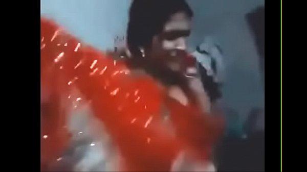 Desi Chudai of Beautiful Indian Village wife in saree enjoying with husband