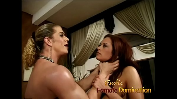 Milf with massive fake tits dominated by an angry bodybuilder Thumb
