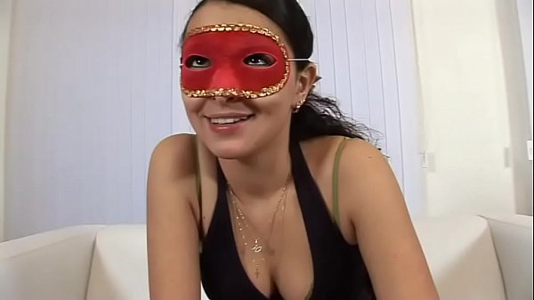 Amateur whore accepts to be fucked by a stranger