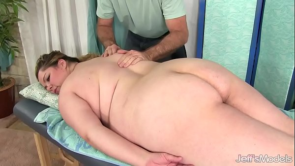 Sexy Fat Girl b. Rose Gets Her Body, Twat and Ass Massaged