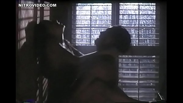 Melinda Clarke Sex against a wall in Return to Two Moon Junction Thumb