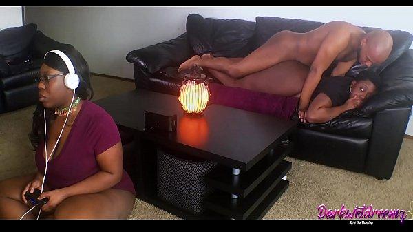 Gamer Girl's Boyfriend Gets Dick Bounced On Whi...